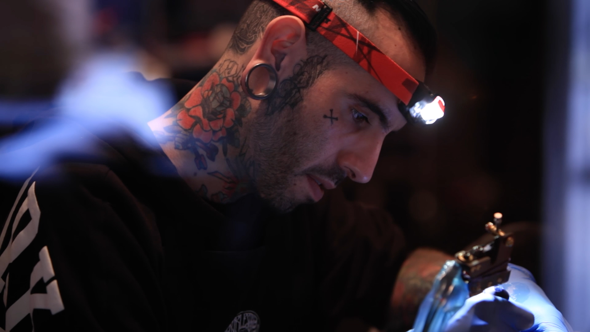 Portraits: Artisans of the New Century|El Cuervo Dorado Tattoo_04